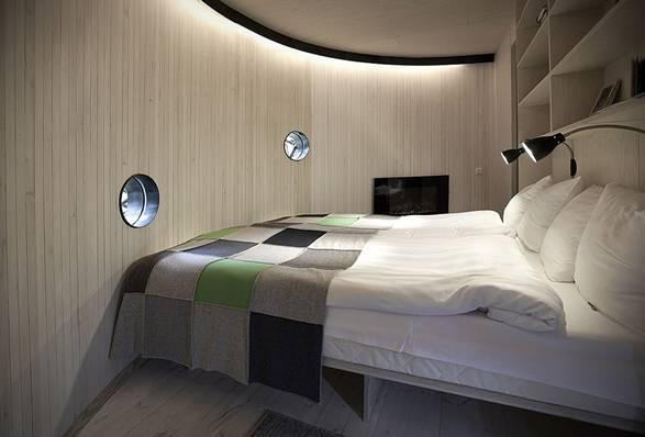 Hotel UFO | Treehotel - Imagem - 3