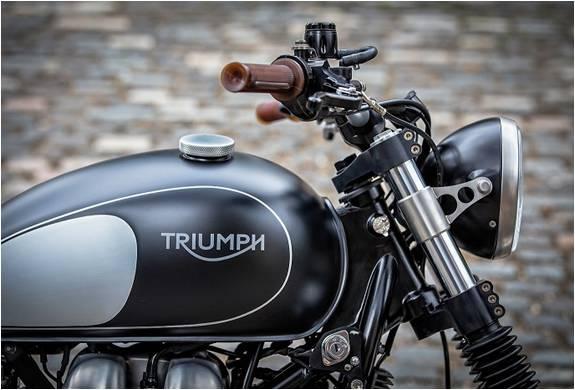 Triumph Bonneville | Por Down & Out - Imagem - 4