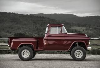 Conversão do Caminhão Napco | Legacy Classic Trucks