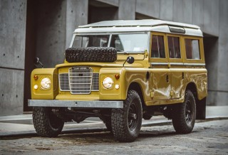 Land Rover Series III 109 1975