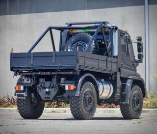 Caminhão Off-road Mercedes-Benz Unimog U500 - Imagem - 4