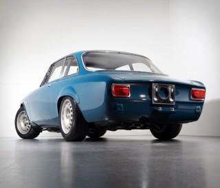Alfa Romeo GTA-R Carbon - Imagem - 2