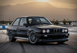 BMW E30 M3 by Redux
