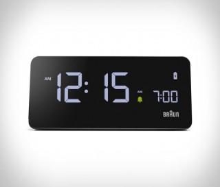 Despertador digital que também funciona como carregador sem fio - Braun BC21 - Imagem - 4