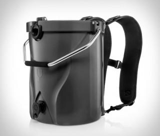 Refrigerador exclusivo para carregar nas costas - Brumate BackTap - Imagem - 4