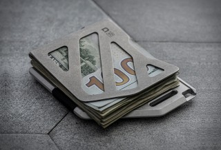 Carteira que Parece um Clipe para Guardar Dinheiro e Cartões