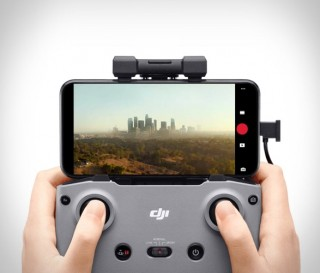 Drone DJI Mini 2 - Tamanho da palma da mão agora voa mais longe - Imagem - 2