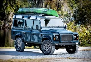 Land Rover Defender meticulosamente reconstruído - Projeto Galena