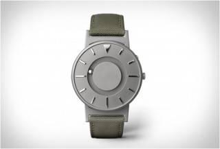 Eone - Relógio Bradley