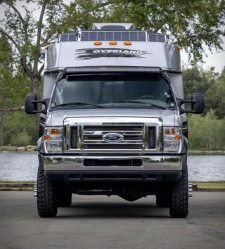 Ford Trailer para Campismo 4x4 E450 - Imagem - 5