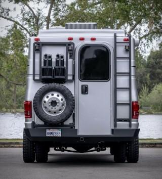 Ford Trailer para Campismo 4x4 E450 - Imagem - 3