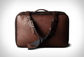 Bolsa Elegante de Couro Com Forro de Lã Incrível e Luxuoso - HARDGRAFT CARRY ON SUITCASE