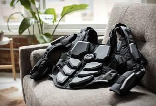 Jogo Hardlight com VR e Traje