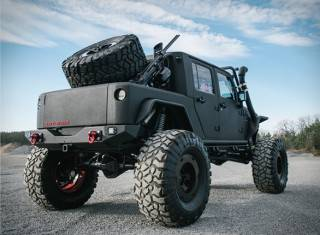 Jeep Wrangler Rattletrap Personalizado - Imagem - 3