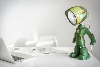 Lampster | Lâmpada Robô