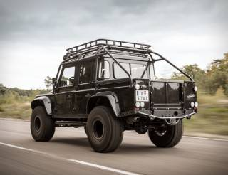 Land Rover Defender | Tweaked SPECTRE - Imagem - 3