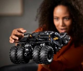 O Veículo Mais Legal do Batman - LEGO BATMOBILE TUMBLER - Imagem - 5