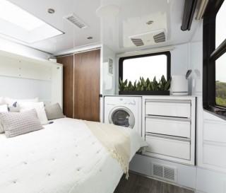 Trailer 2021 Living Vehicle - Imagem - 2