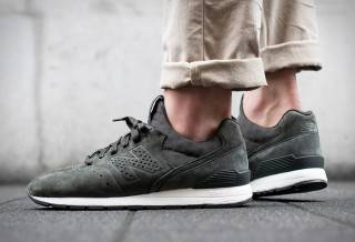 Tênis New Balance MRL996DP