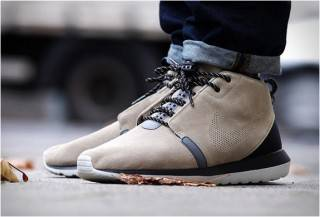 BOTA NIKE ROSHE RUN SNEAKERBOOT