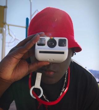 Menor câmera analógica instantânea do mundo - POLAROID GO - Imagem - 2