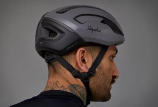 Capacetes de Edição Especial com Tecnologia - Rapha x POC Cycling Helmets