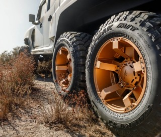 Caminhonete pickup - Rezvani Hercules 6x6 - Imagem - 2