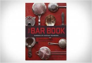 O LIVRO DO BAR - THE BAR BOOK