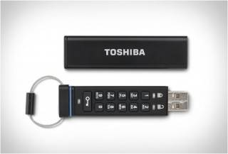 TOSHIBA USB FLASH DRIVE ENCRIPTADA
