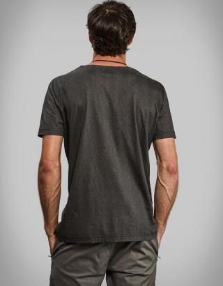 Camiseta Exclusiva Feita com Polpa de Madeira - Vollebak Black Algae T-Shirt - Imagem - 2