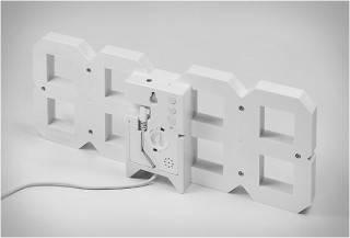 RELÓGIO DIGITAL DE PAREDE RETRO - WHITE & WHITE LED CLOCK - Imagem - 2