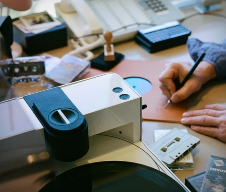 Fábrica de Vinil Portátil - PHONOCUT HOME VINYL RECORDER - Imagem - 2